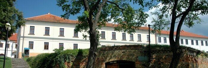 Druhá budova MěÚ (stará pošta)